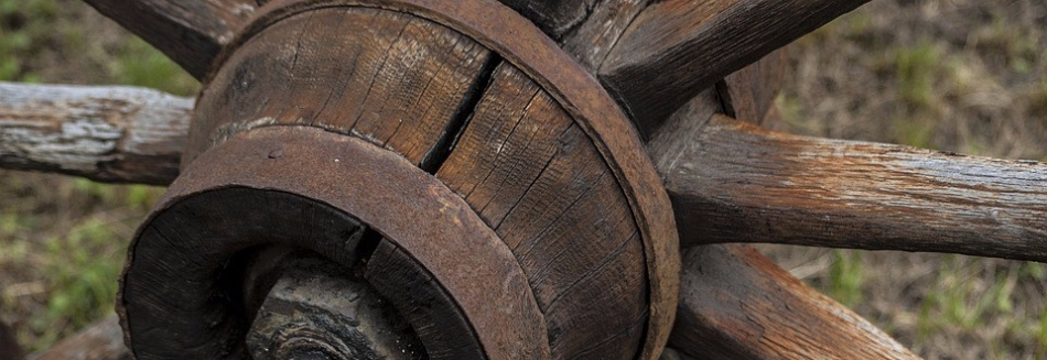 wooden-2424126_960_720.jpg