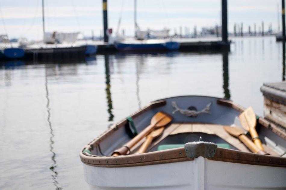 rowboat-756934_960_720