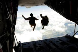 skydiving-708695_960_720