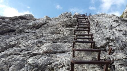 climbing-824371_640