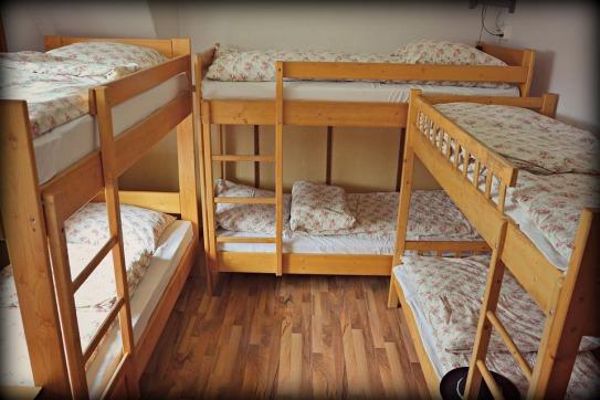 accommodation-946988_960_720